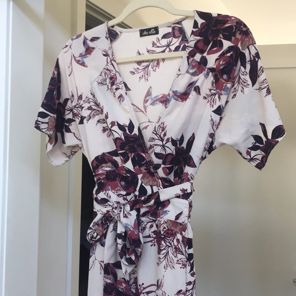 4536694414a dee elle Dresses   Skirts - Dee Elle Kimono Style Wrap Maxi Dress Floral